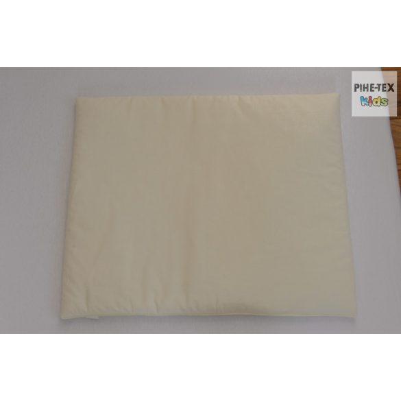 Vaníliaszín, hímzett cumis maci 3 részes babaágynemű szett (98)