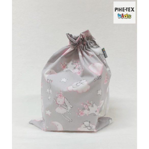 Rózsás nyuszicsalád, szürke, 4 részes ovis kezdőcsomag (2 részes mintás, ovis zsák, tornazsák, vízhatlan matracvédő lepedő) + ajándék ovis törölköző
