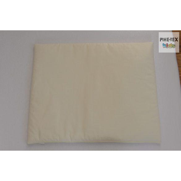 Vaníliaszín, hímzett sapkás maci 3 részes babaágynemű szett (98)