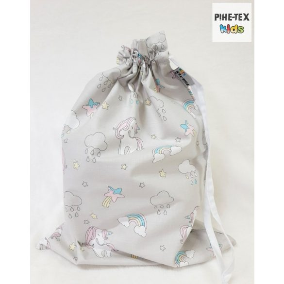Szürke unikornis, 5 részes ovis kezdőcsomag (2 részes fehér, ovis huzat, ovis zsák, tornazsák, vízhatlan matracvédő lepedő) + ajándék ovis törölköző