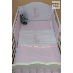 Rózsaszín, hímzett ölelős zsiráf 3 részes babaágynemű szett (99)