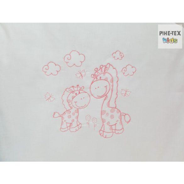 """Rózsaszín, """"hímzett zsiráf család"""" 2 részes babaágynemű szett (99)"""