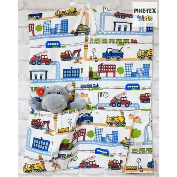 Tesz-vesz város, 4 részes ovis kezdőcsomag (2 részes mintás, ovis zsák, tornazsák, vízhatlan matracvédő lepedő) + ajándék ovis törölköző